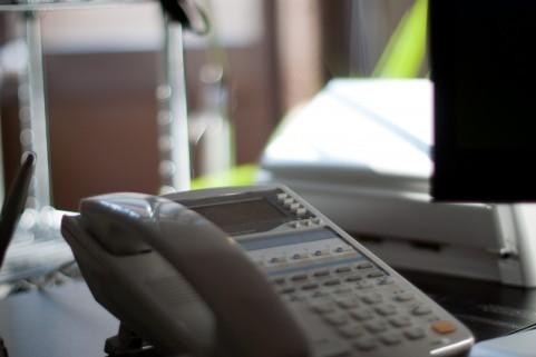 電話業務だけしてればいい楽なバイト
