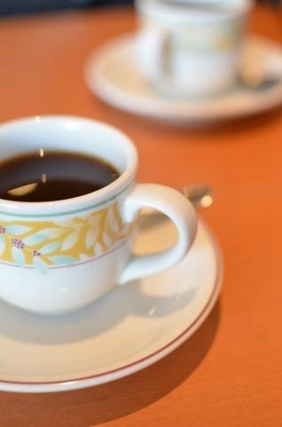 来店客の少ない、暇な喫茶店バイト