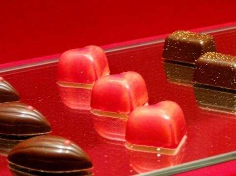 イベントブースでチョコレート販売バイト